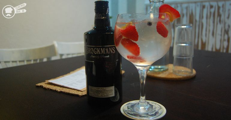 A Bar La Cafetera Tenemosqueir Madrid Gin Tonic
