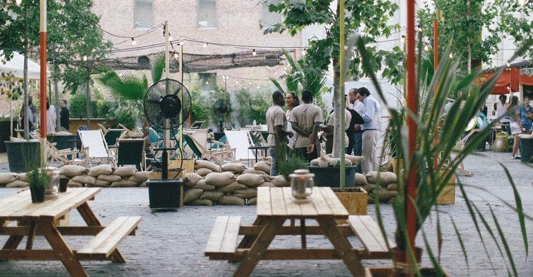 A El Cuartel By City Lights Cine de Verano Tenemosqueir Restaurante