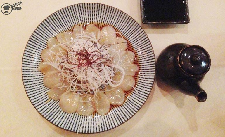 Carpacio de Vieira A Nipon Taro Tenemosqueir Restaurante Japones Madrid
