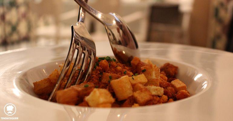 Huevo a 65 grados con Migas y Chorizo Restaurante Bacira Madrid Tenemosqueir