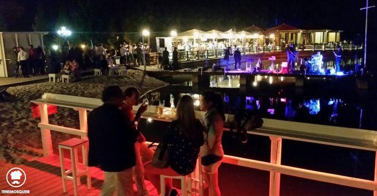 A Restaurante El Lago Boadilla Beach ClubTenemosqueir Madrid Terraza Chill out