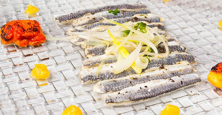 sardinas-restaurante-mitte-madrid-tenemosqueir