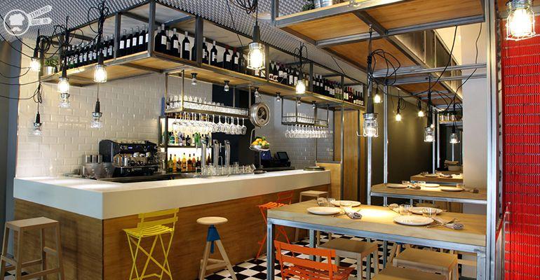 Interior A Taberna Cachivache Tenemosqueir Restaurante Madrid