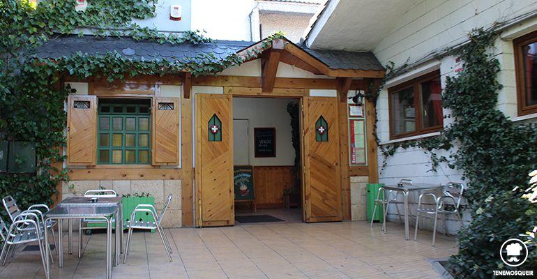Restaurante Chalet Suizo del Colegio Suizo Madrid Tenemosqueir Entrada