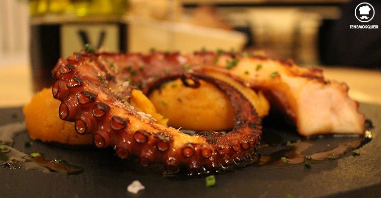 Pulpo con Patatas Machacadas al Ajoarriero Top10 Restaurante Madrid Tenemosqueir
