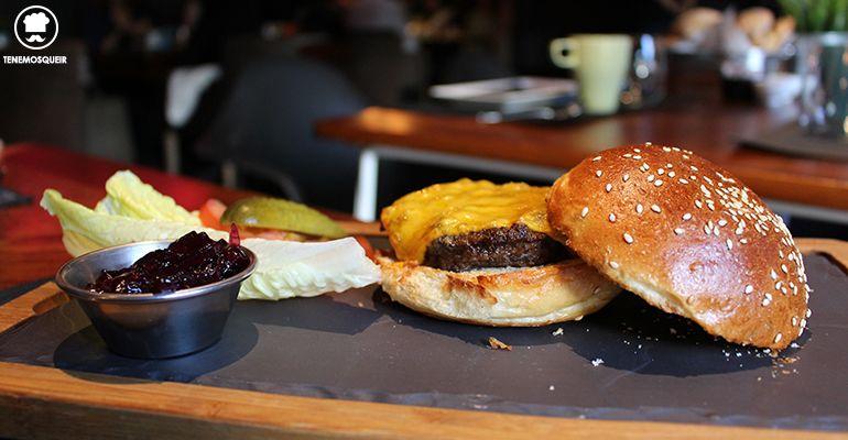 Hamburguesa Brunch Cafe Oliver Makadamia Madrid Sala Graf Tenemosqueir