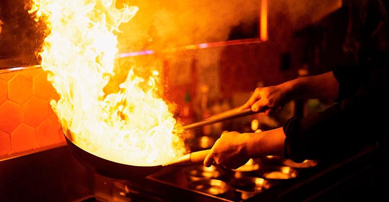Fuego A Asia Asako Tenemosqueir Madrid